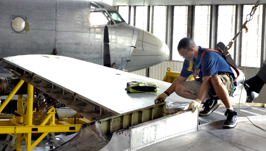 Lockheed Martin - Improving Military Aircraft Turnaround Process